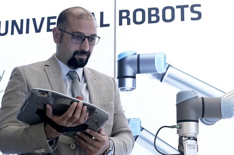 Kimya Sektöründe Robot Teknolojisi Üretimi Artırıyor